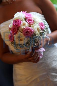 Bildagentur Pitopia Bilddetails Eine Braut Mit Brautstrauss
