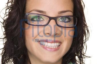 Frisuren Frauen Mit Brille Helle Haarfarbe 2019