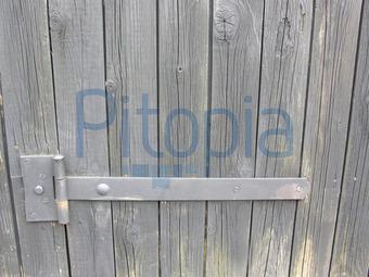 Bildagentur Pitopia - Bilddetails - Holzschuppen mit Eisenscharnier ...