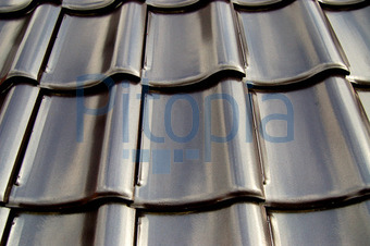 Dachziegel anthrazit glänzend  Bildagentur Pitopia - Bilddetails - Schwarze Dachziegel (Otmar ...