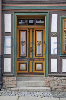 Haustüren holz antik  Bildagentur Pitopia - Bilddetails - Haustür in Wernigerode ...