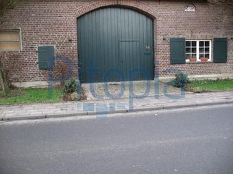 Garagentor holz grün  Bildagentur Pitopia - Bilddetails - Hausfassade (Alfred Emmerichs ...