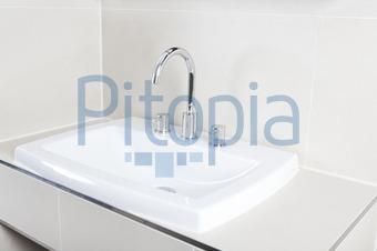 Becken Waschküche bildagentur pitopia bilddetails waschbecken bad purple queue