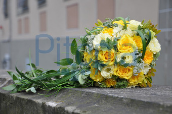 Bildagentur Pitopia Bilddetails Brautstrauss Aus Gelben Rosen
