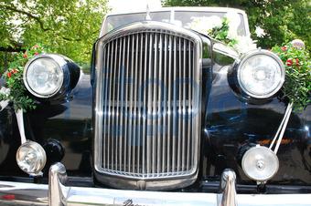 Bildagentur Pitopia Bilddetails Hochzeitsauto Von Vorn Rancos