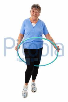 Bildagentur Pitopia Bilddetails Seniorin Mit Hula Hoop Reifen