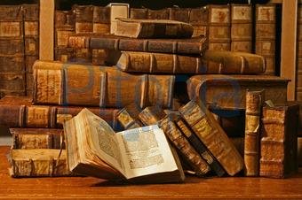 Bücher antik